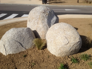 Boule de granit, décoration, construction, Loire, Haute-loire, Lyon, Savoie, Haute-Savoie