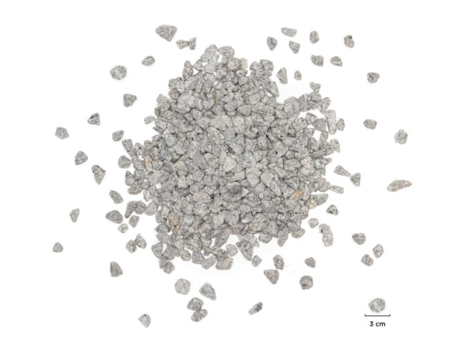 Concassé 10 14 granit gris clair